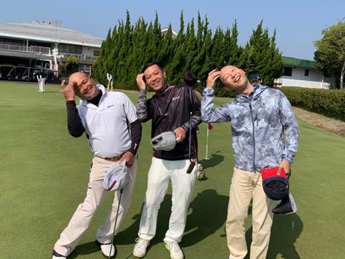 1bd608f6d50321 そして安東君といえば、なぜかそこにいるだけで笑かしてくれるという・・